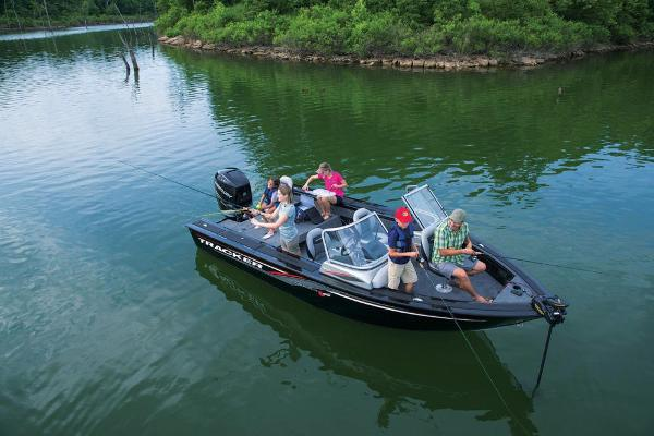 2017 Tracker Boats boat for sale, model of the boat is Targa V-20 Combo & Image # 11 of 61