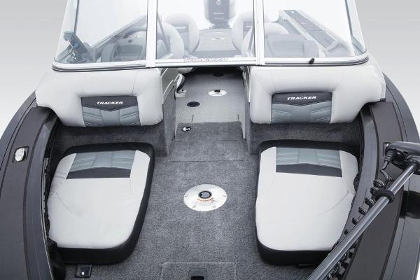 2017 Tracker Boats boat for sale, model of the boat is Targa V-20 Combo & Image # 23 of 61
