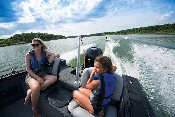 2017 Tracker Boats boat for sale, model of the boat is Targa V-20 Combo & Image # 60 of 61