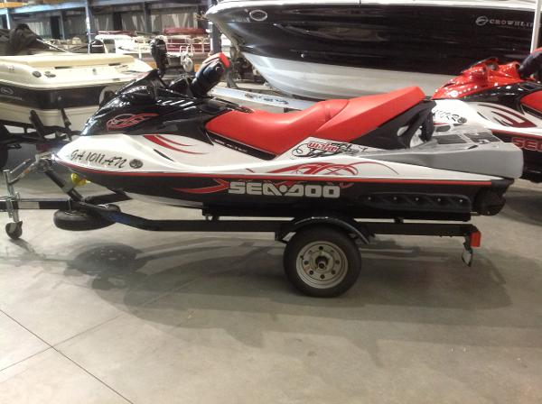 2008 Sea Doo PWC boat for sale, model of the boat is Wake 215 w/ballast & trailer & Image # 2 of 13