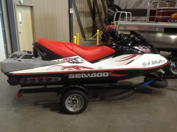 2008 Sea Doo PWC boat for sale, model of the boat is Wake 215 w/ballast & trailer & Image # 4 of 13