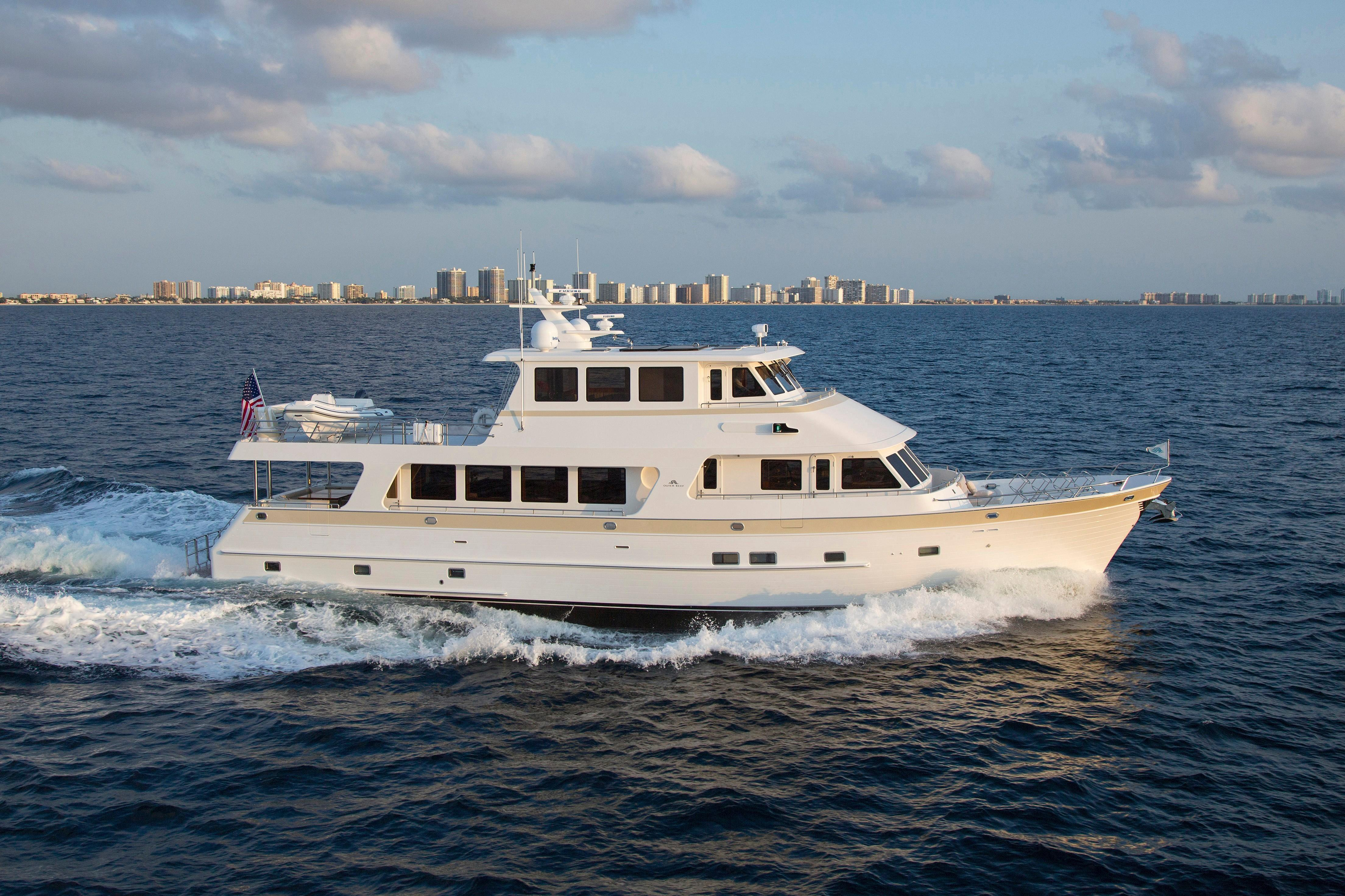 86' Outer Reef Yachts 2017