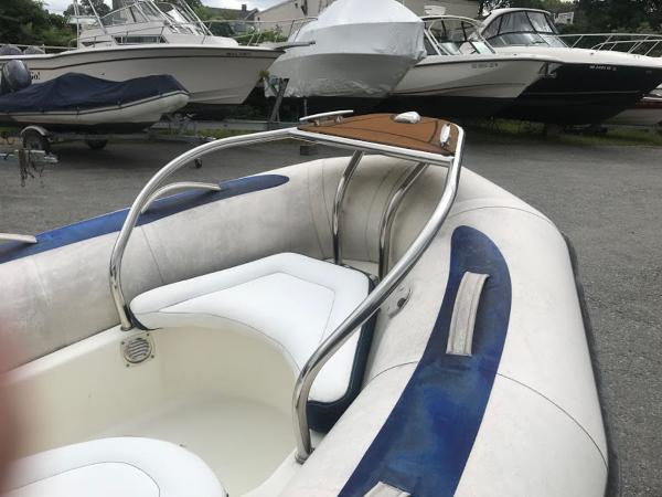 2013 Zodiac boat for sale, model of the boat is 10' YK 380 NEO & Image # 4 of 9