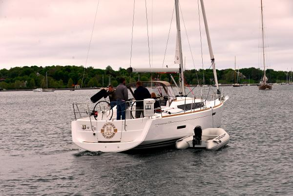 Jeanneau 379 For Sale Purchase
