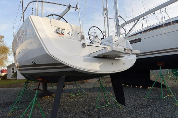 Jeanneau 379 For Sale Sell