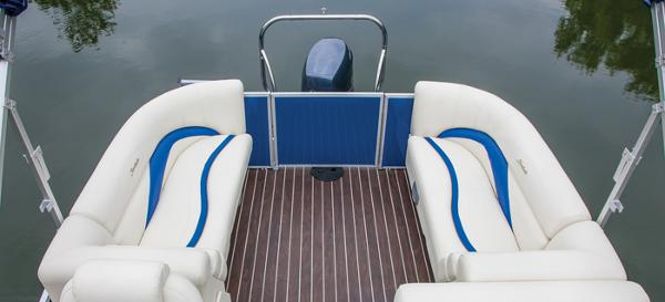 2014 Sweetwater Premium Edition 220 SL for sale (image 2 of 6)