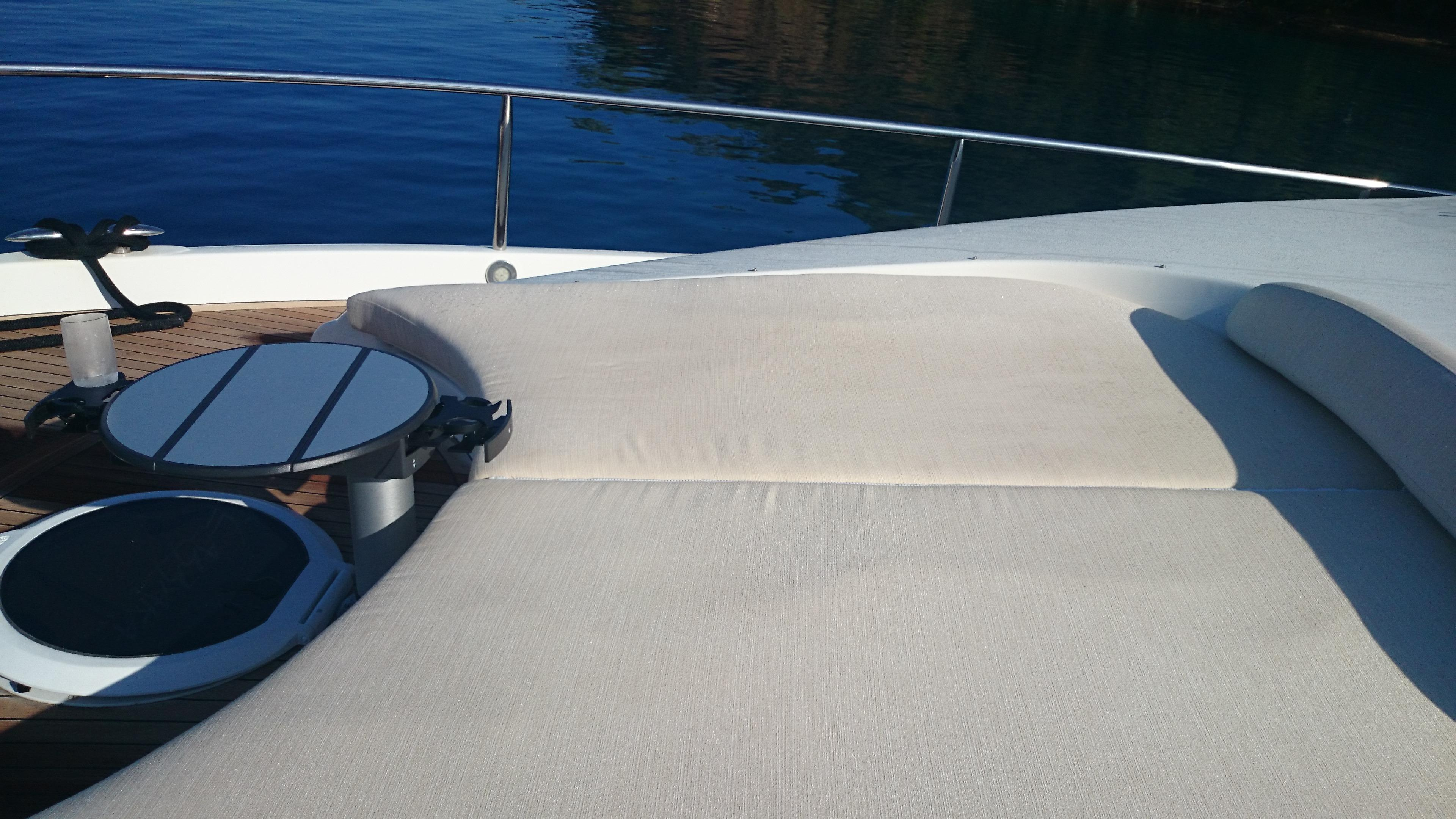 New foredeck sun lounge w/custom table