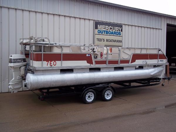 1989 SYLVAN 24' PONTOON for sale
