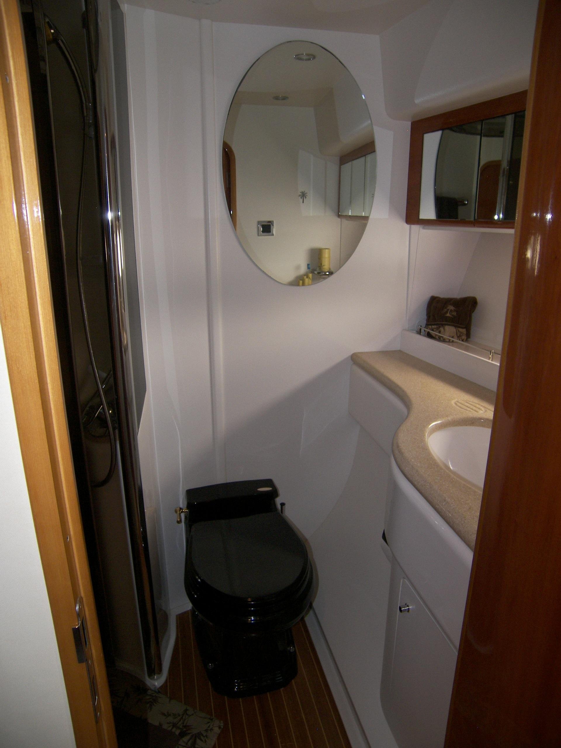 Starboard Guest Cabin Ensuite Head & Shower