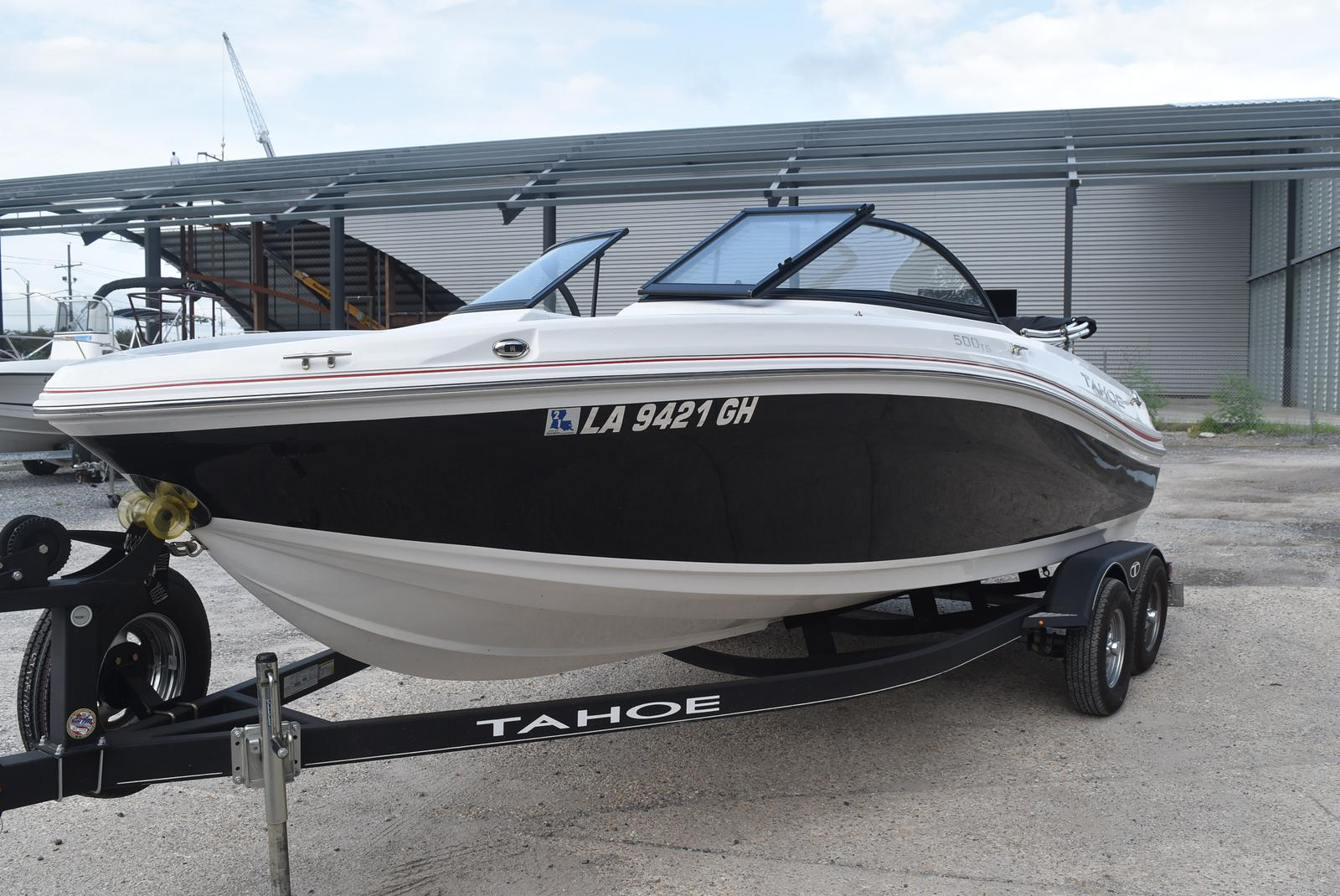 2018 Tahoe boat for sale, model of the boat is 500 TS & Image # 17 of 24