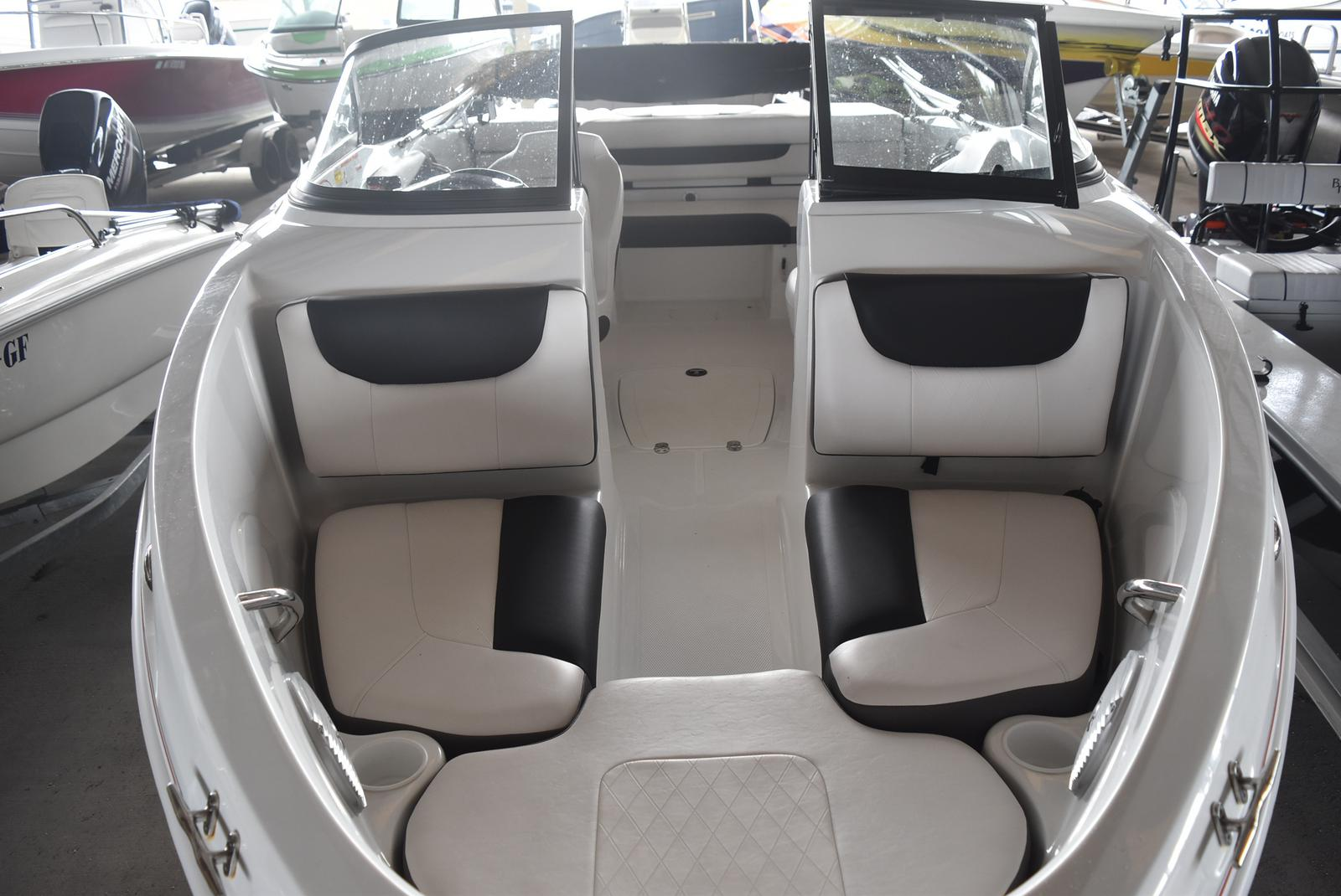 2018 Tahoe boat for sale, model of the boat is 500 TS & Image # 18 of 24
