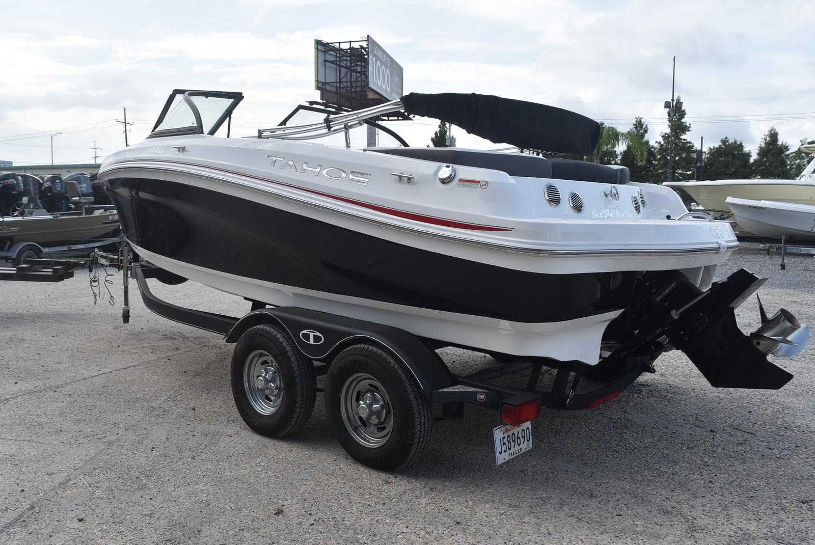 2018 Tahoe boat for sale, model of the boat is 500 TS & Image # 22 of 24