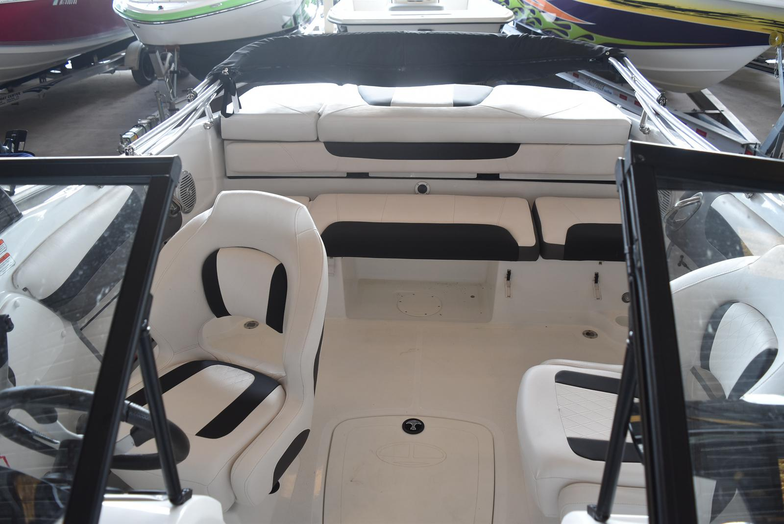 2018 Tahoe boat for sale, model of the boat is 500 TS & Image # 4 of 24