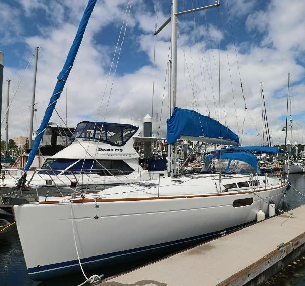 Picture Of:  44' Jeanneau 44i 2010Yacht For Sale | 1 of 36