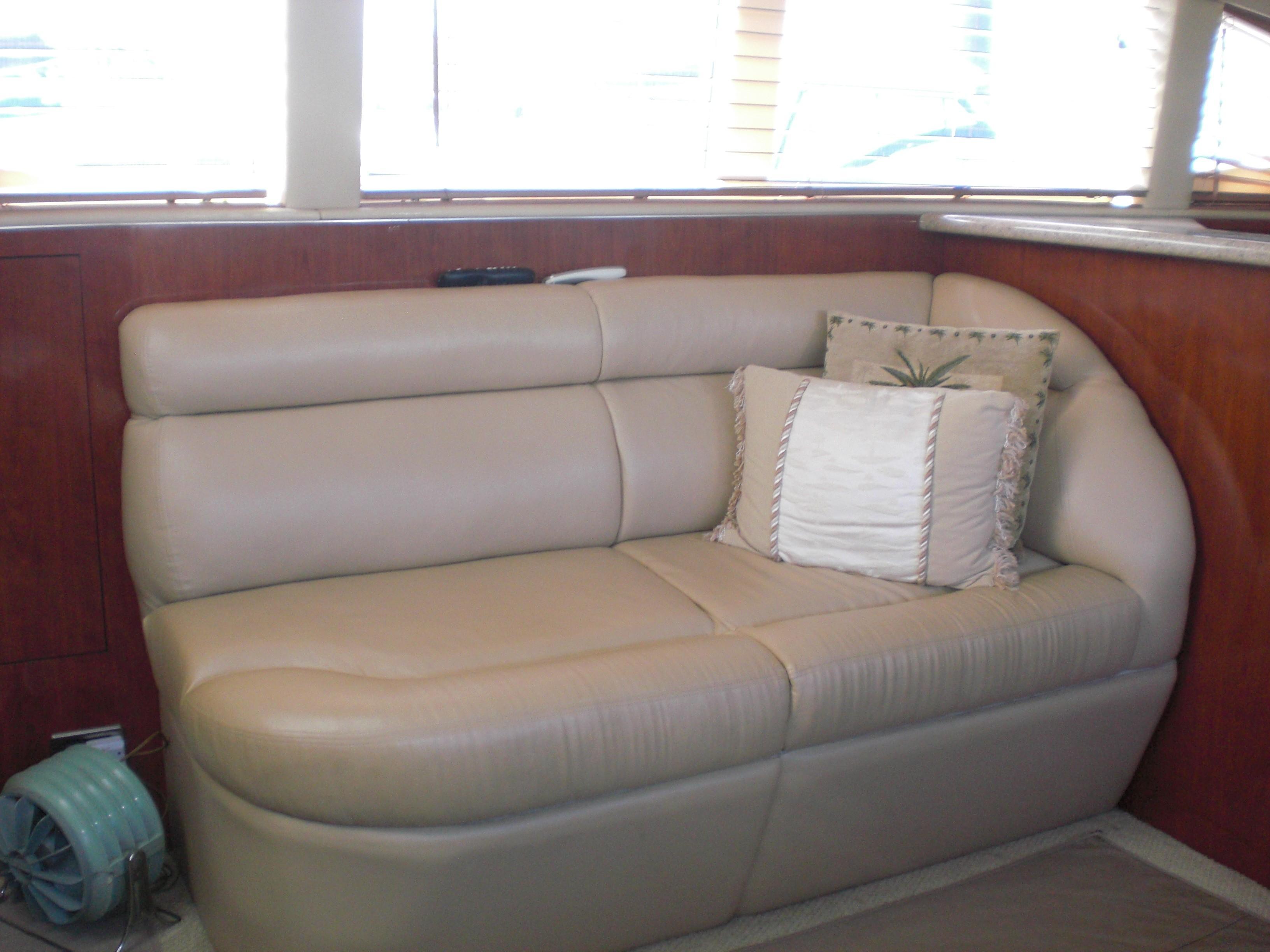 Sea Ray 480 Motor Yacht - Photo: #7