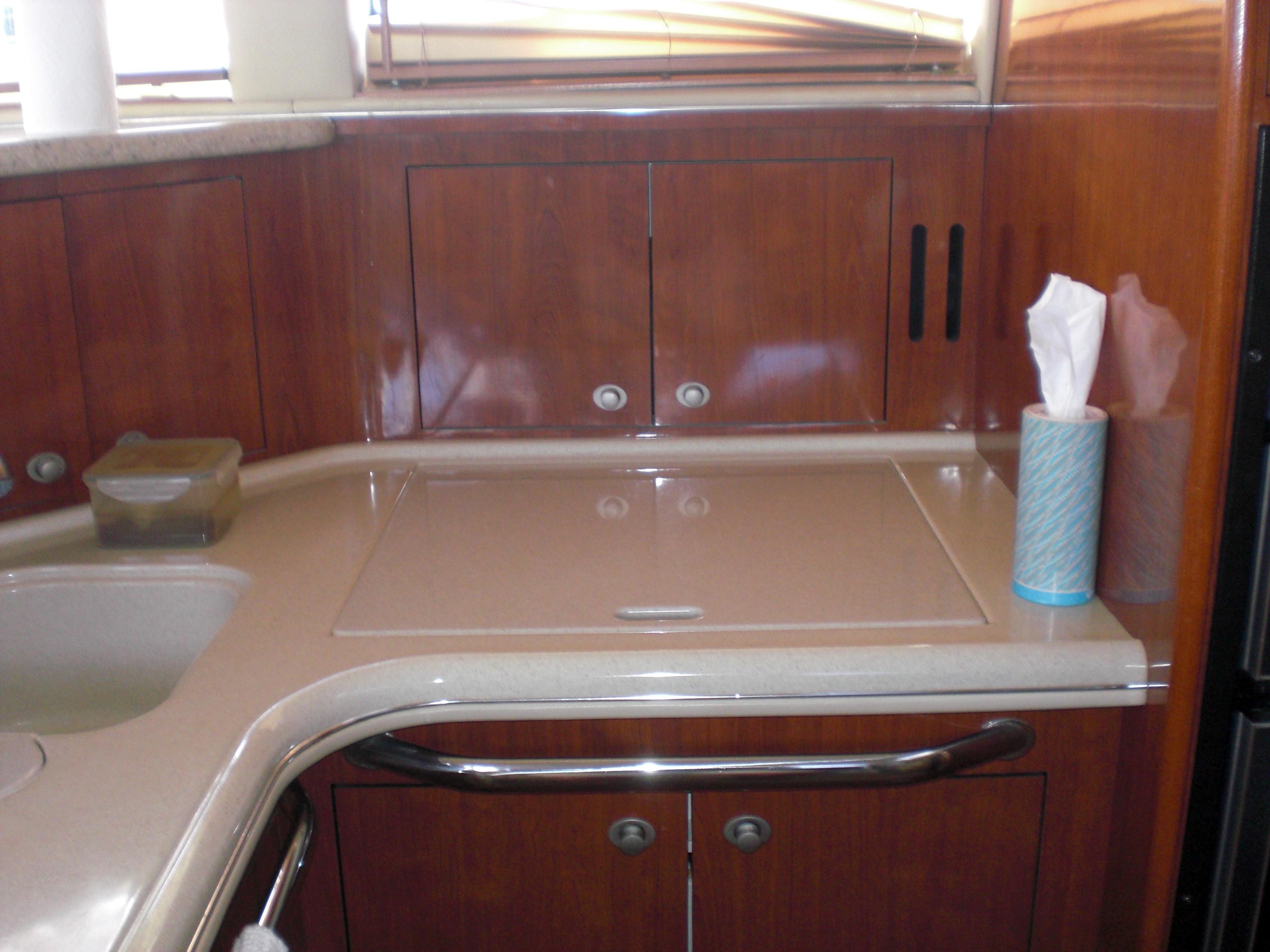 Sea Ray 480 Motor Yacht - Photo: #10