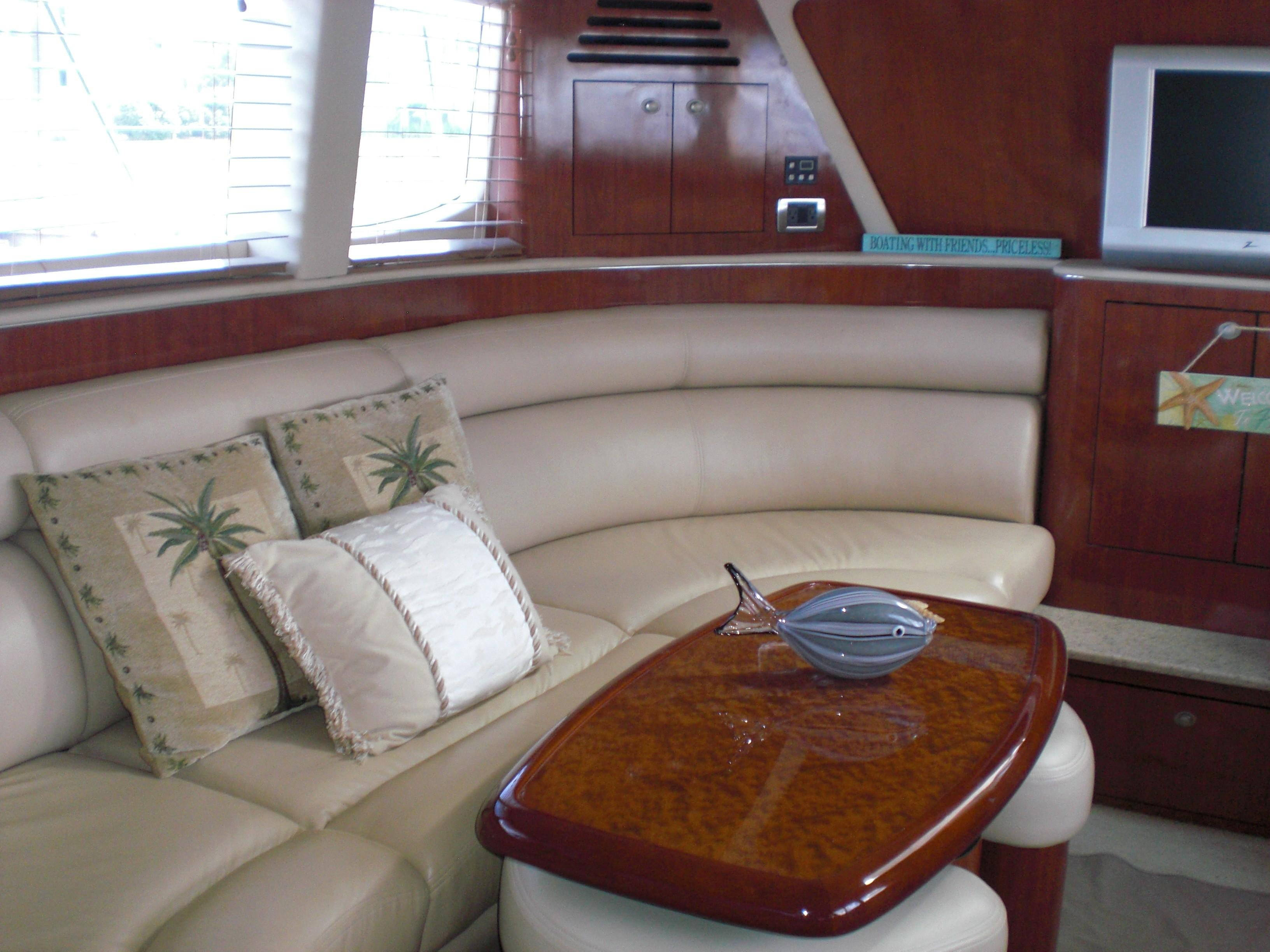 Sea Ray 480 Motor Yacht - Photo: #27