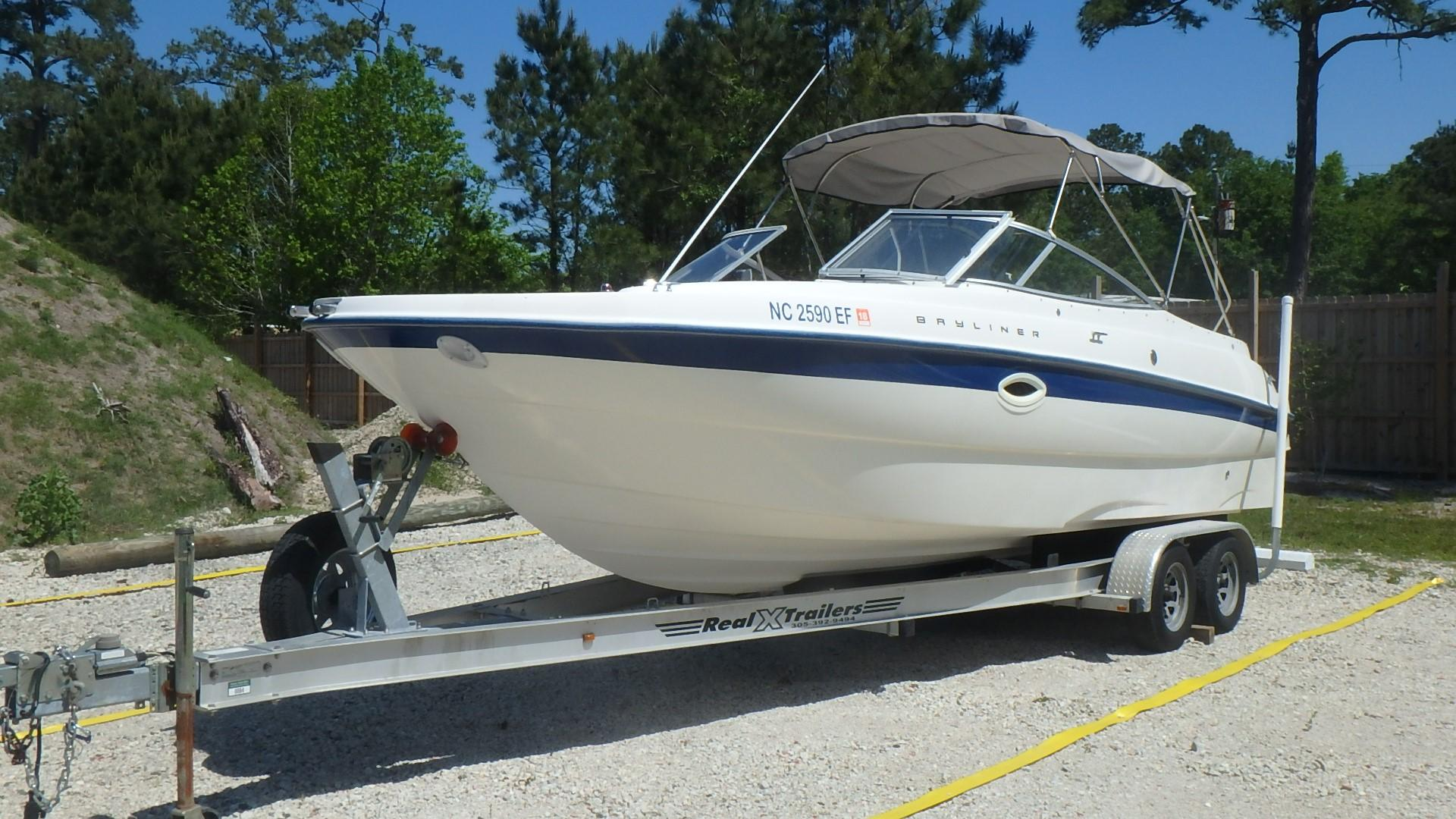 Bayliner 249 - Photo: #8