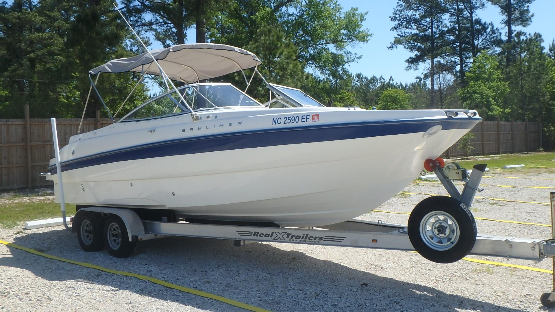 Bayliner 249 - Photo: #4