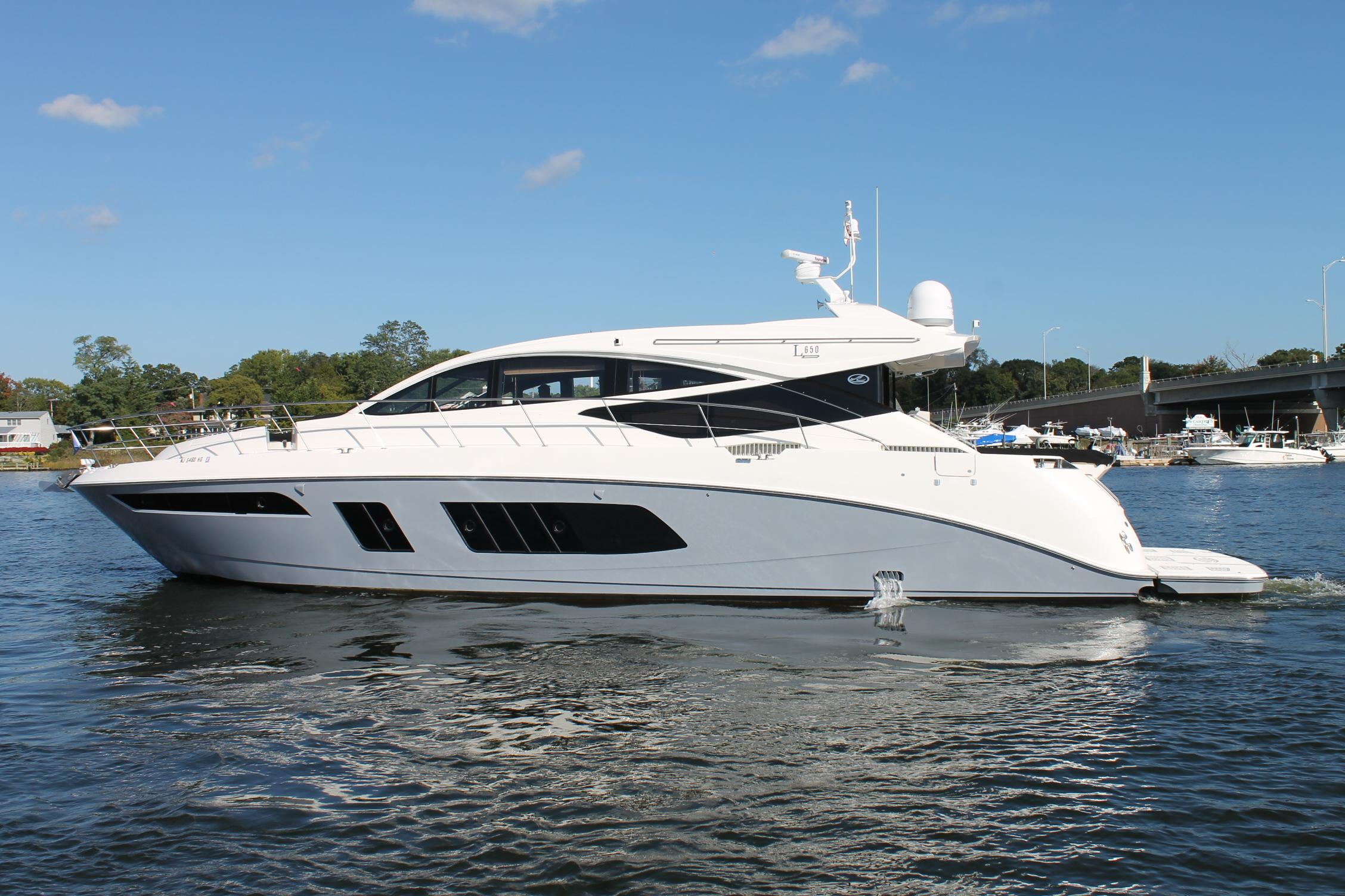 65 sea ray 2015 speracura iii for sale in brick new for Sea ray motor yacht for sale