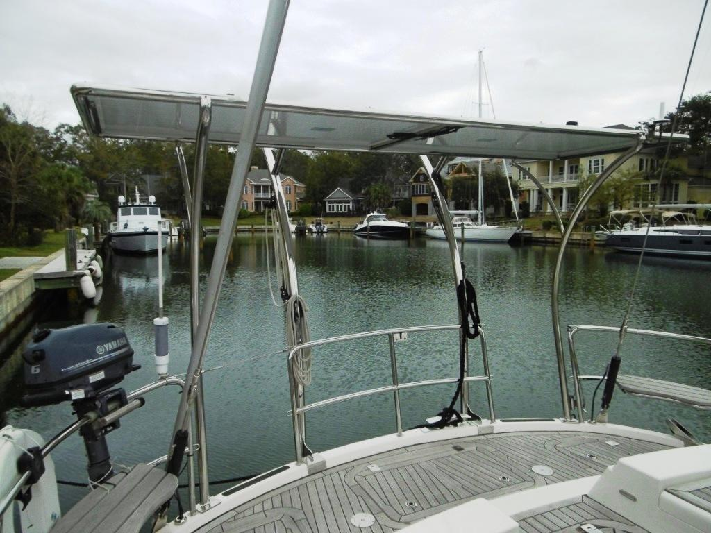 Aft deck with designer custom arch