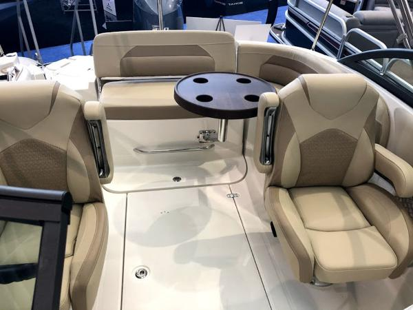2019 Southwind boat for sale, model of the boat is 2400 SD & Image # 3 of 12