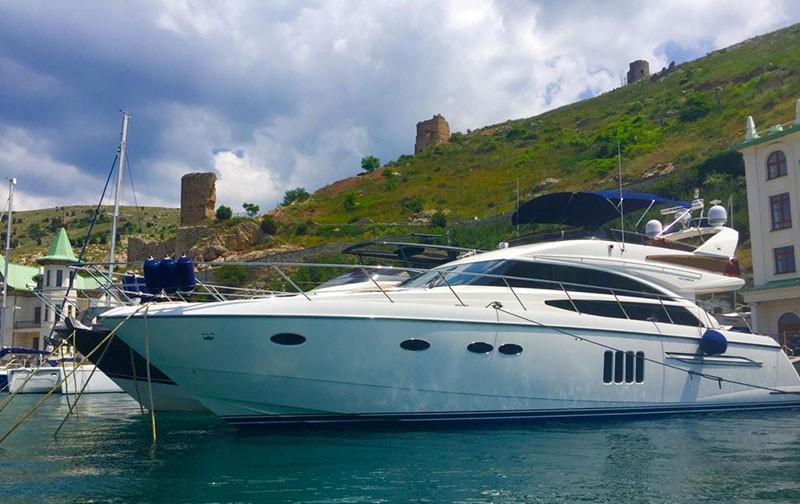 63 32 Ft Princess 62 Flybridge Executive Yacht Canada