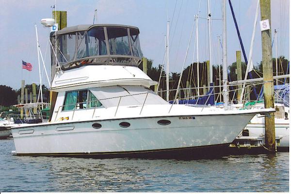 31' Tiara Yachts 31 CONVERTIBLE