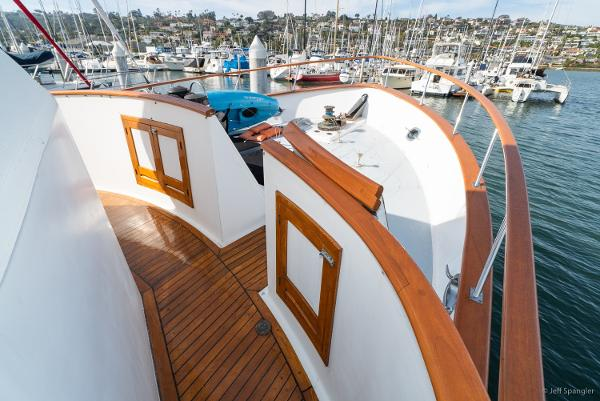 Picture Of:  49' DeFever 49 Pilothouse 1983Yacht For Sale | 4 of 48