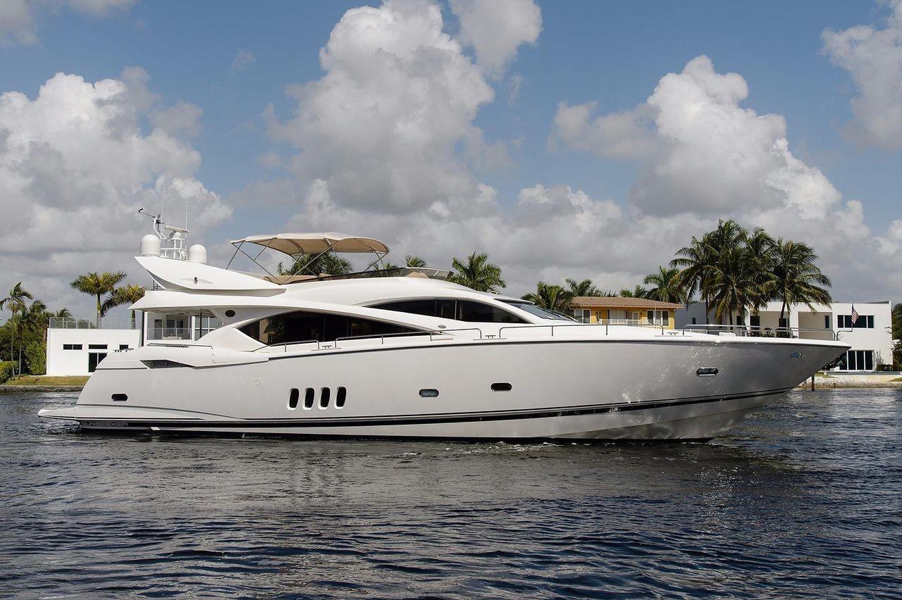 82.68 ft Sunseeker 82 Yacht