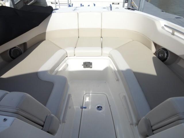 Boston Whaler320 Vantage