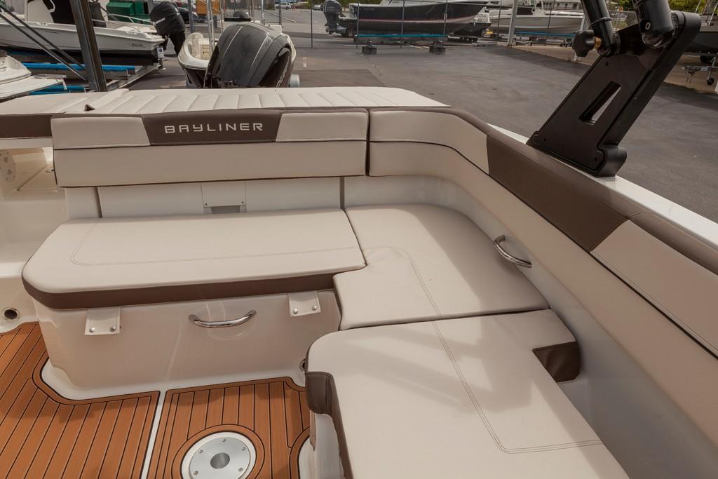 BaylinerVR5 Bowrider OB