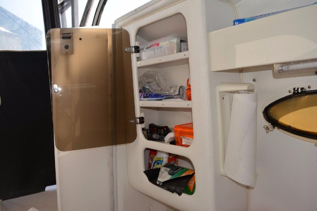 Pro Line 2950 Walk Around - Storage