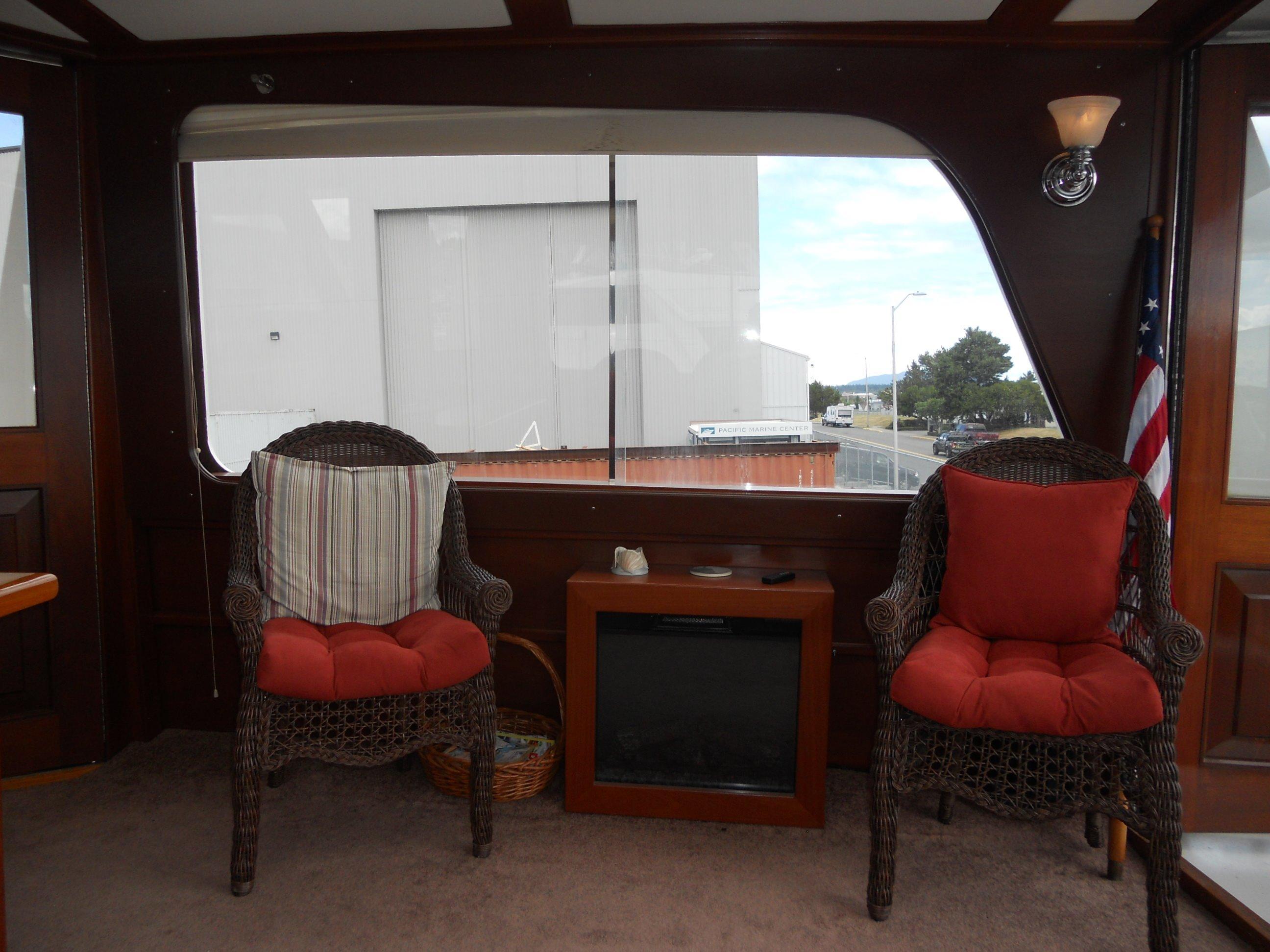 Salon seating & fireplace