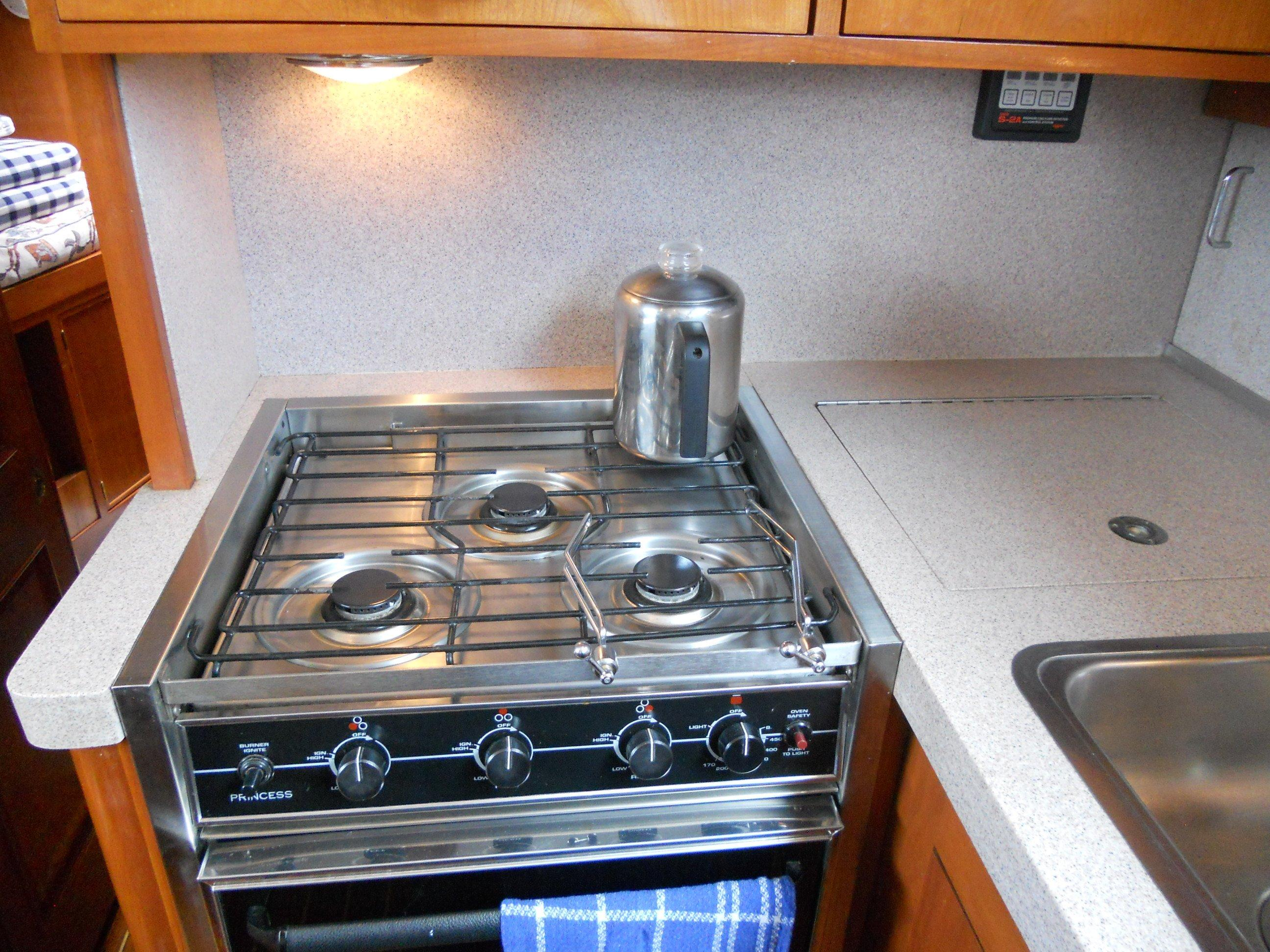 Propane cooktop & oven