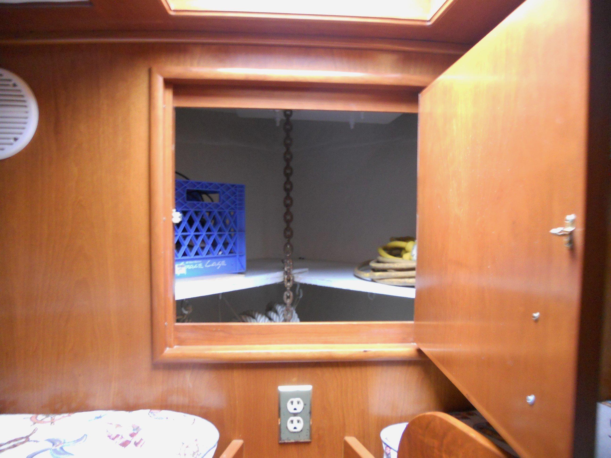 Chain locker