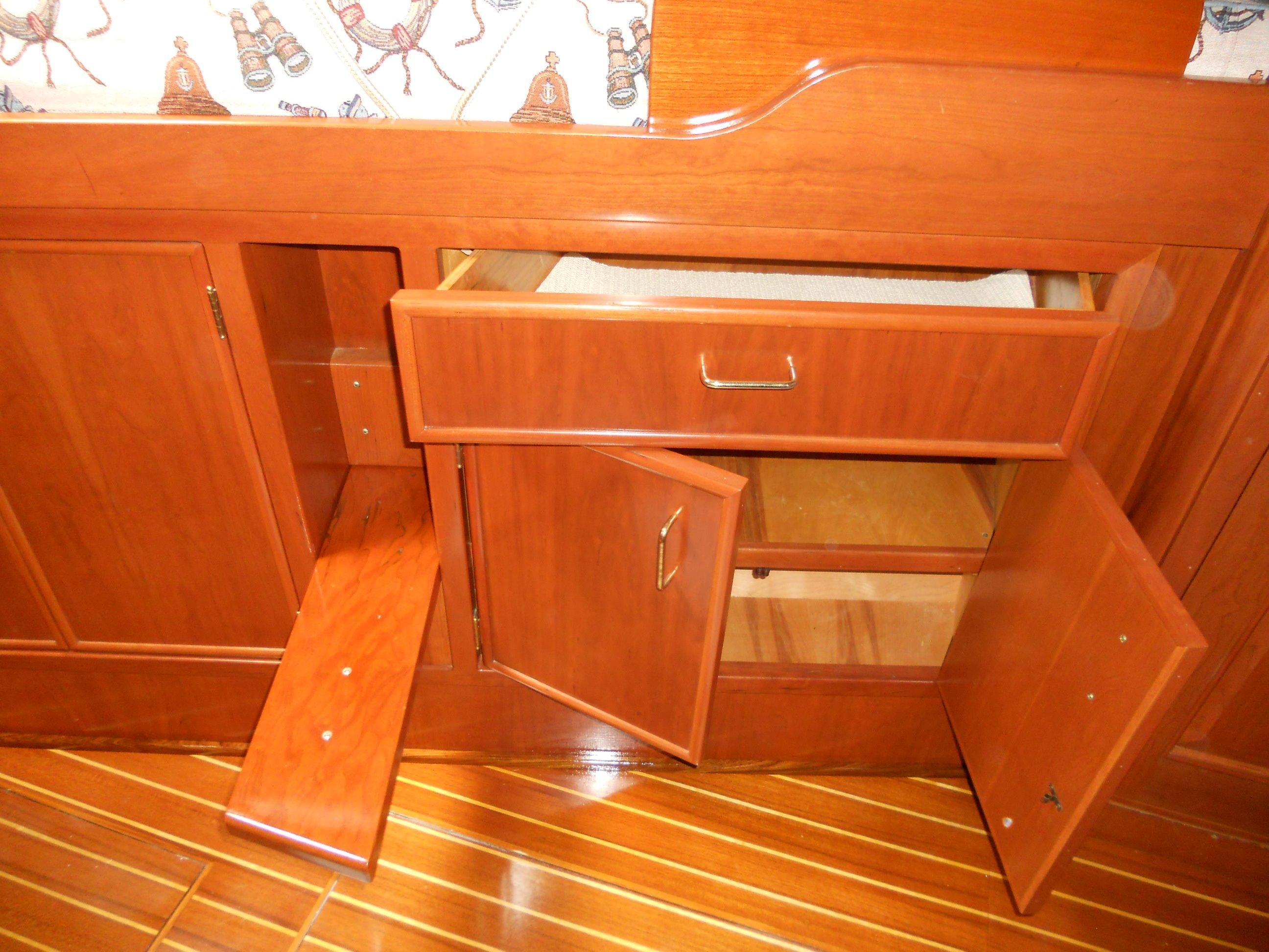 Custom doors, drawers & step