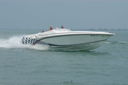 Fountain 42 Lightning Staggered High Performance Boats