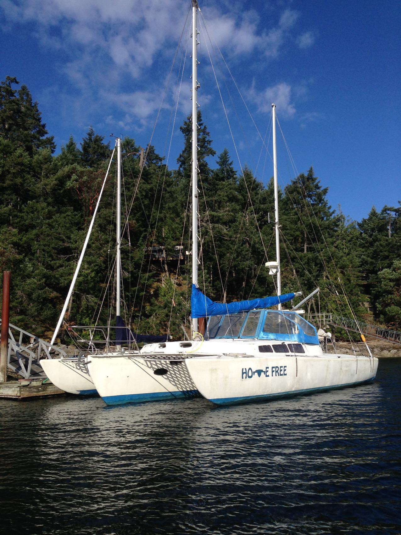 Cross Foam Core Trimaran