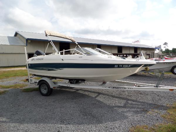 2001 LARSON 186 BOWRIDER for sale