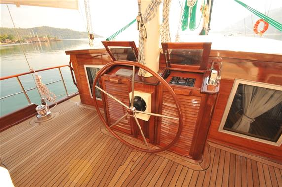 2014 62' Custom Ketch