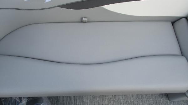 2021 Bennington boat for sale, model of the boat is 22 SVSR & Image # 25 of 48