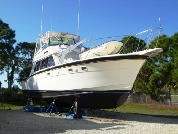 50' Hatteras Convertible SF