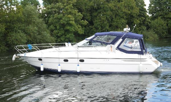 1994 Princess Riviera 366