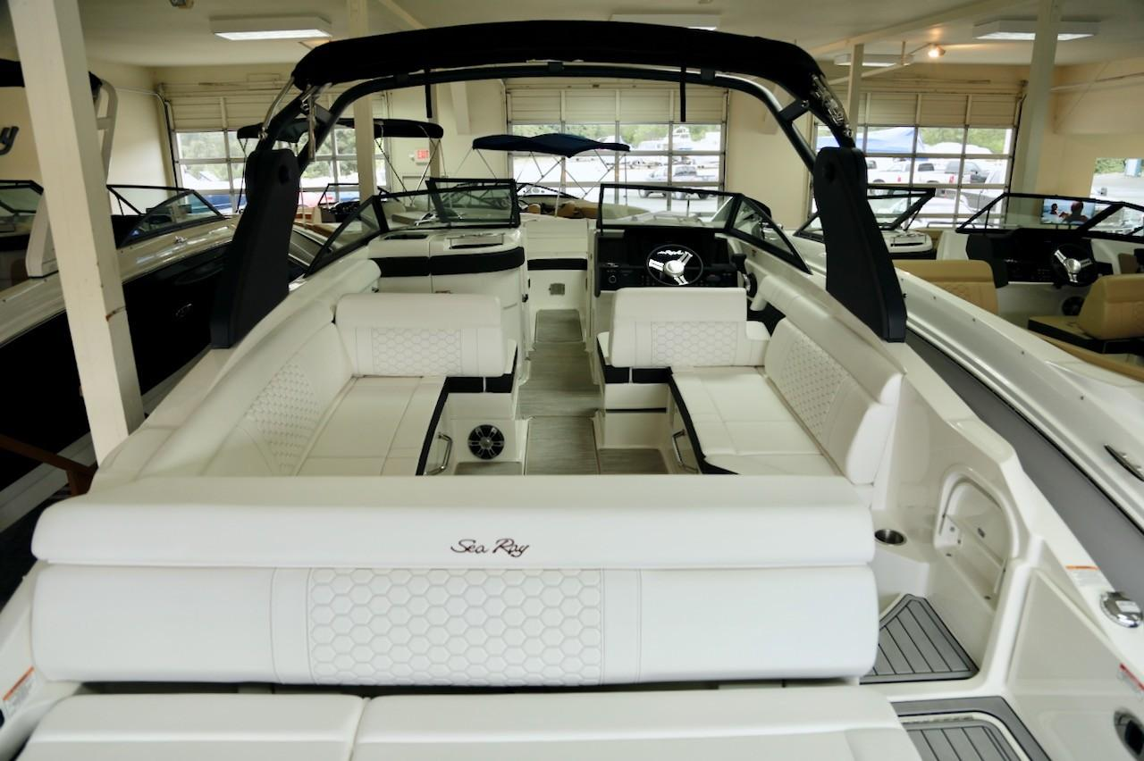 2019 Sea Ray SDX 270 – Union Marine