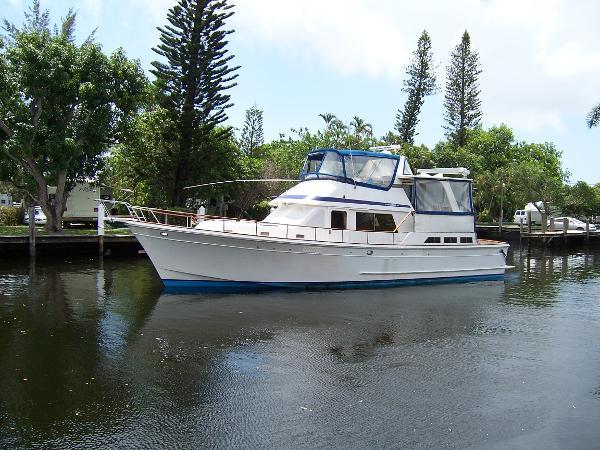 48' Offshore 1984 Cockpit Sundeck Trawler