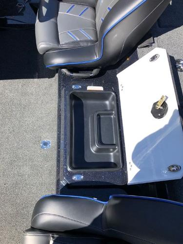 2021 Nitro boat for sale, model of the boat is Z19 & Image # 11 of 25