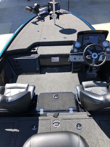 2021 Nitro boat for sale, model of the boat is Z19 & Image # 13 of 25