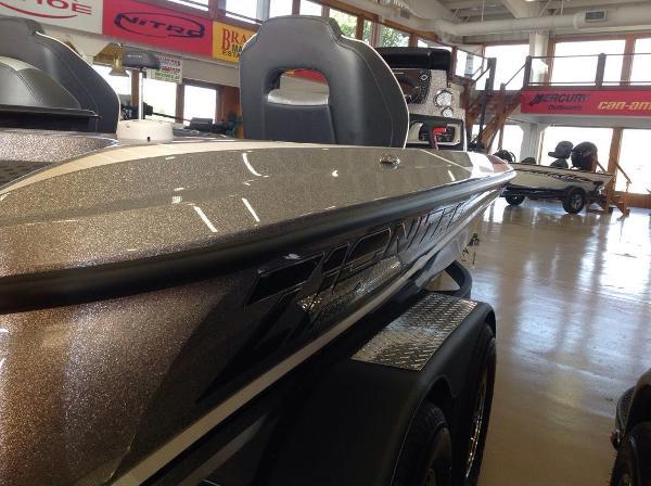 2021 Nitro boat for sale, model of the boat is Z19 & Image # 2 of 7