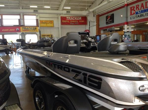 2021 Nitro boat for sale, model of the boat is Z19 & Image # 6 of 7